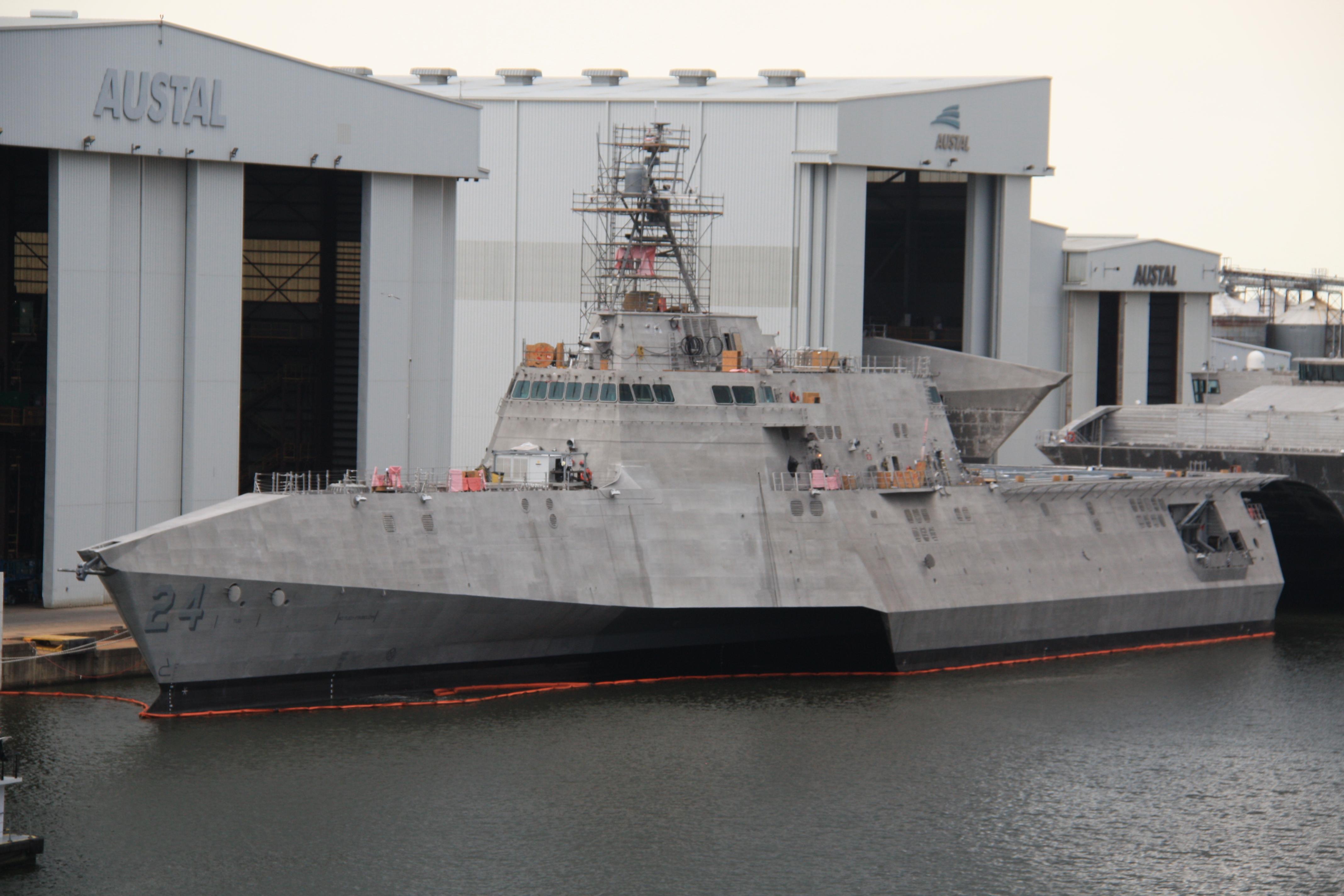 USSOakland1.jpg